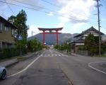 有名な彌彦神社の大鳥居