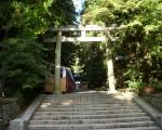 彌彦神社の入り口の鳥居