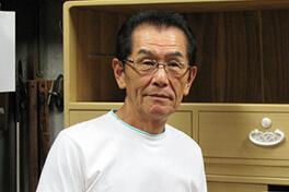 小林 輝夫 70歳
